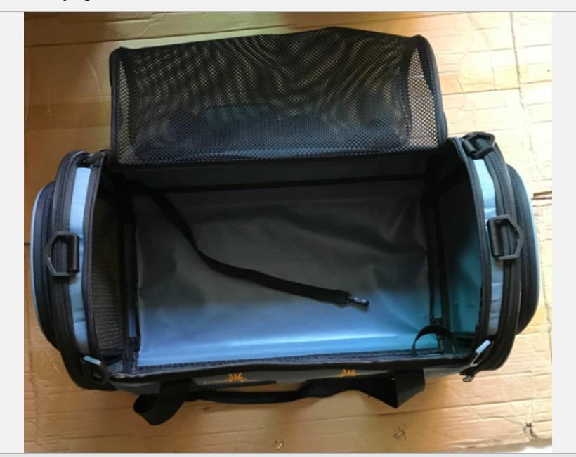 ペットキャリーバッグ完成・上面は全開です。超ワイドです。